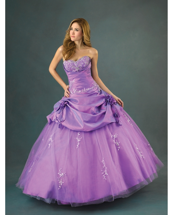 Lilac Ball Gown Sweatheart Strapless Floor Length Quinceanera Dresses With Embroidery