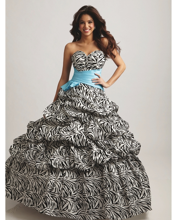 Black And White Printed Strapless Sweetheart Full Length Ball Gown Quinceanera Dresses With Blue Sash