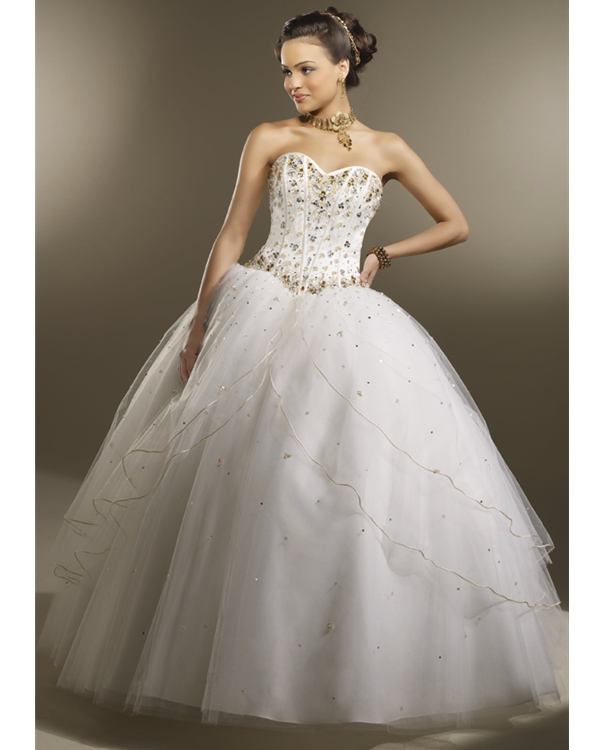 Ivory Ball Gown Strapless Sweetheart Floor Length Tulle Quinceanera Dresses With Gold Beadings