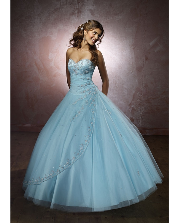 Light Sky Blue Strapless Sweetheart Full Length Ball Gown Tulle Quinceanera Dresses With Beadings