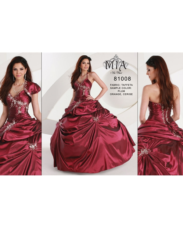 Burgundy Halter Sweetheart Ball Gown Floor Length Quinceanera Dresses With White Appliques