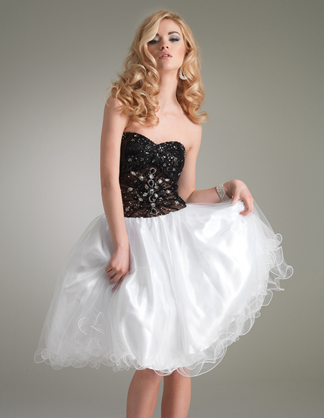 Black And White A Line Sweetheart Knee Length Tulle Cocktail Dresses With Beads