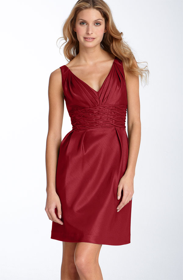 Burgundy Sheath Column V Neck Knee Length Zipper Satin Bridesmaid Dresses