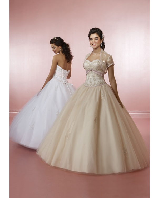 Champagne Ball Gown Strapless And Sweetheart Lace Up Floor Length Beading Emrboidered Tulle Quinceanera Dresses