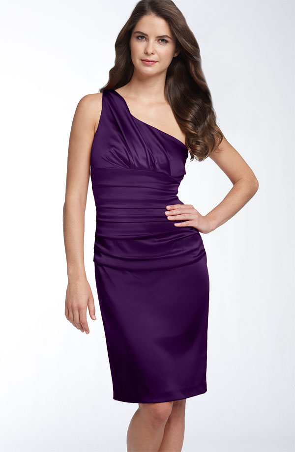 Grape Column One Shoulder Zipper Knee Length Satin Bridesmaid Dresses With Ruffles