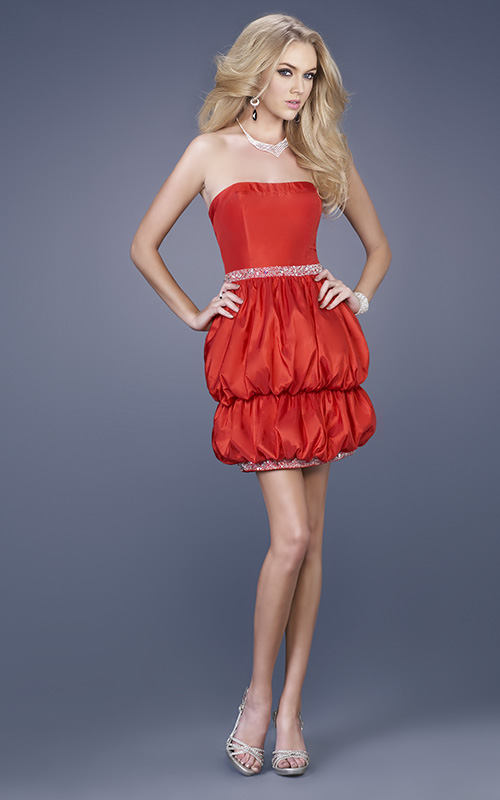Hot Sale Column Strapless Short Mini Red Graduation Dresses With Sequined And Ruffles