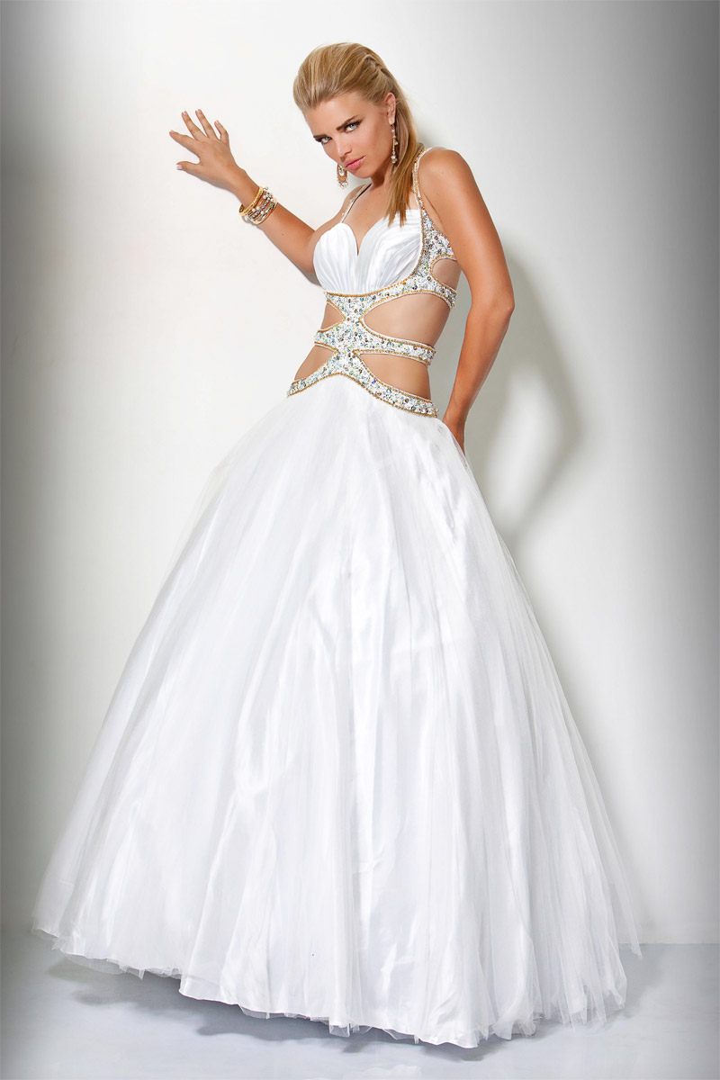 White Ball Gown Sweetheart Open Back Full Length Evening Dresses With Beading